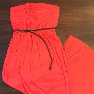 SALE🌸3 for $20 F21 Strapless Maxi Dress with Belt